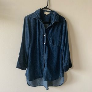 Cloth & Stone 3/4 length chambray button down top